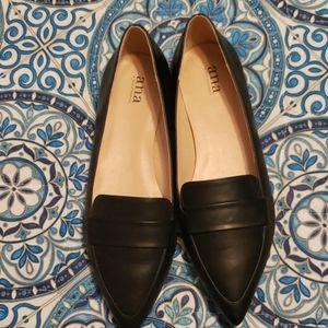 NWOT Black Flats